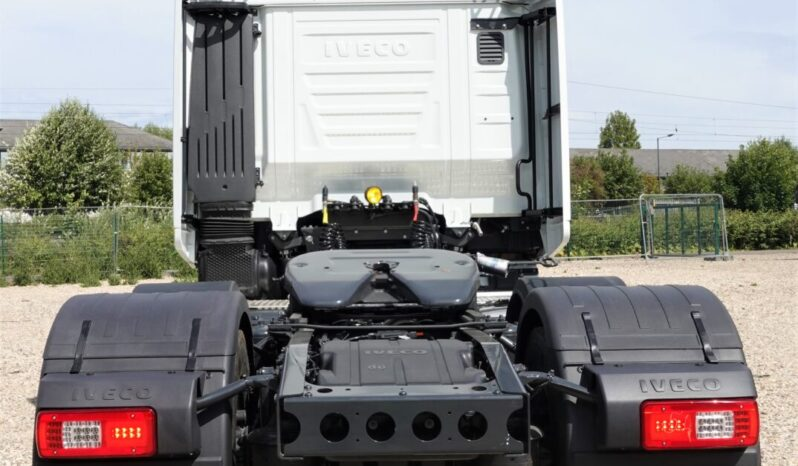 IVECO STRALIS EURO 6 Tractor Unit (New & Unregistered) full