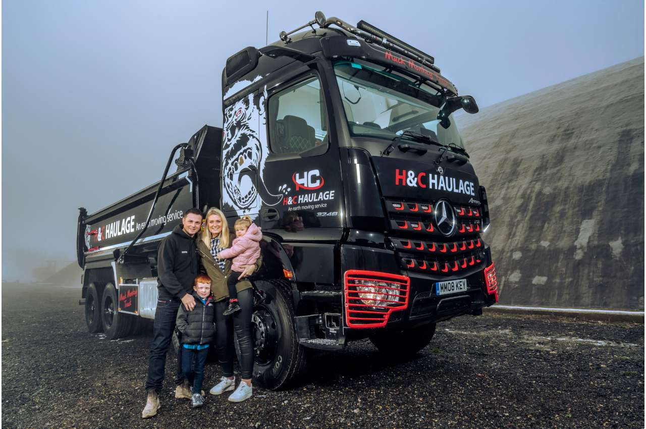 Mercedes Arocs 3248 and driver family