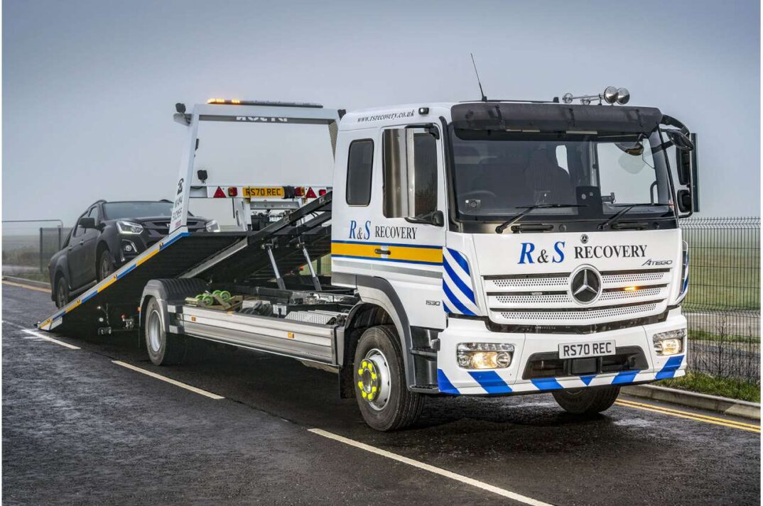 Mercedes Atego 1530 Recovery Truck 1