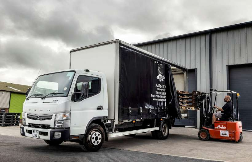 Fuso Canter Curtainsider